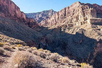 entering travertine canyon