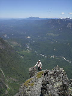Wayne topping out below the false summit of N Index.