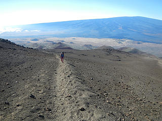 Mauna Loa seen from Mauna Kea trail